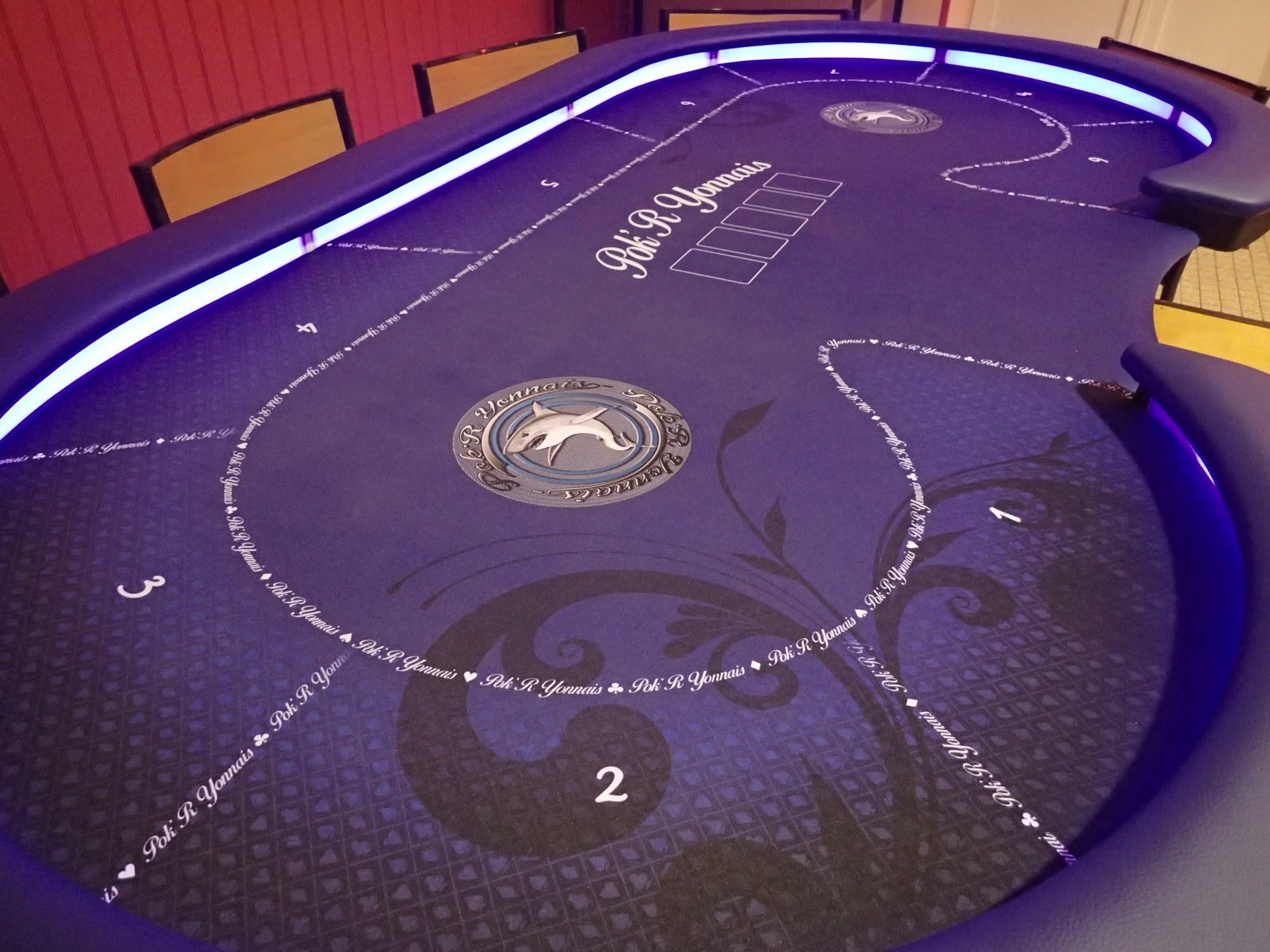 Salle Yvonne Logeais - Table de Poker